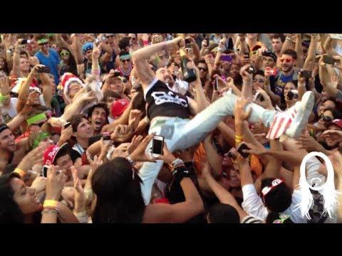 Steve Aoki & Lil Jon causing a ruckus main stage Ultra 2012