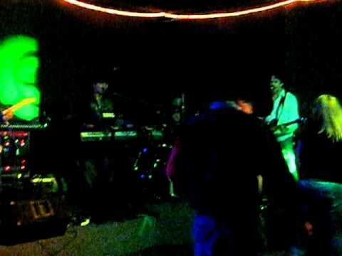 Misbehavin Band cover of Miss You by the Rolling S...