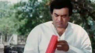 Sanjeev Kumar gets Free Gold Funny Scene - Angoor