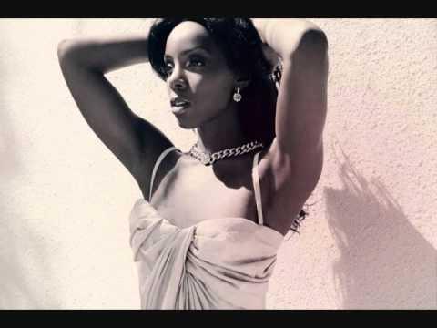 Kelly Rowland - Love Again