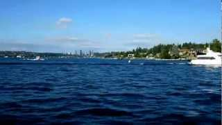 Fast boat 3 Fun on Lake Washington 70 mph