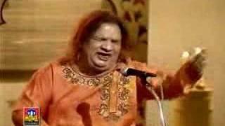 Mujhe Aazmane Waale - Aziz Mian Qawwal