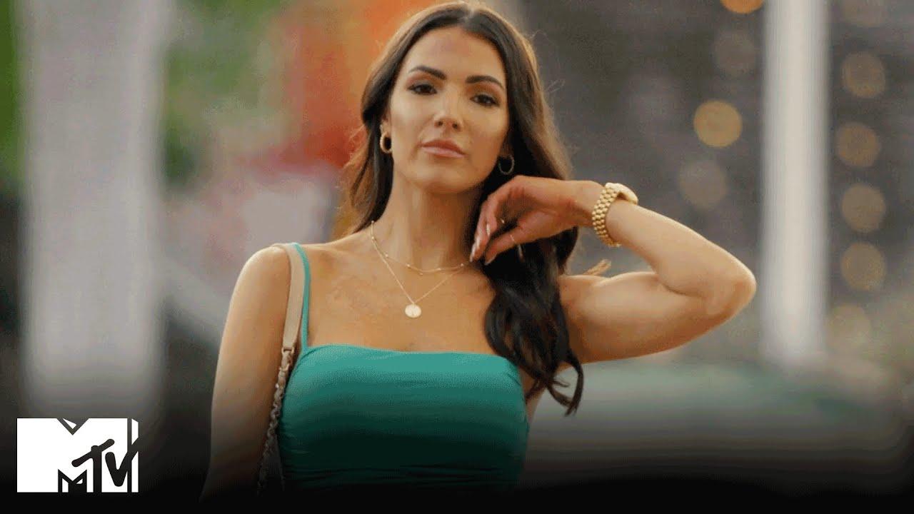 Download Introducing Sam's Ex-GF, Brittany ☕️ Siesta Key