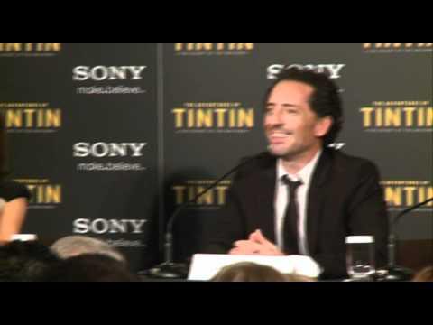 Gad Elmaleh Remet Un Journaliste En Place (conférence De Presse Tintin à Bruxelles)