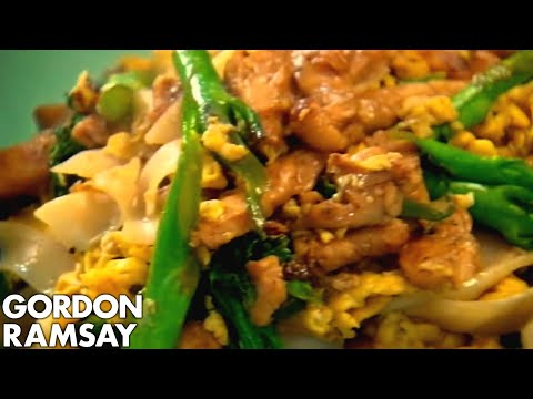 Egg-Fried Rice Noodles With Chicken | Gordon Ramsay