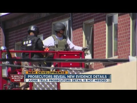 Bomb squad: Detonation in Holmes' apartment would have been 'devastating'