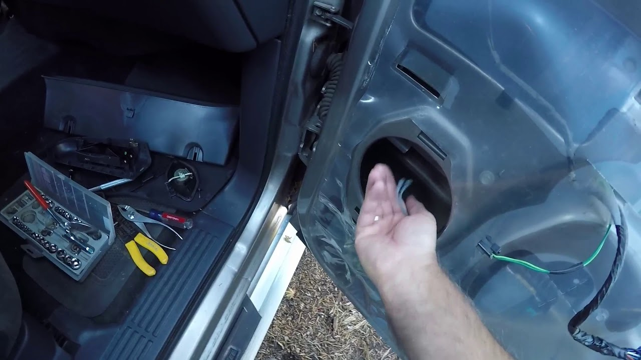 hight resolution of how to replace 2001 chevy silverado door speaker