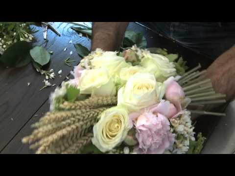 Comment Faire Un Bouquet De Mariage Champ Tre Youtube