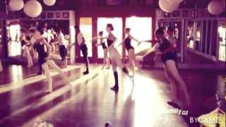[Bunheads] Michelle & the girls • Marchin' On