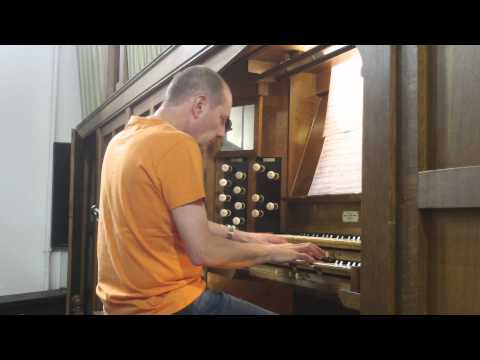 Dancing Queen - ABBA - (Church Organ)