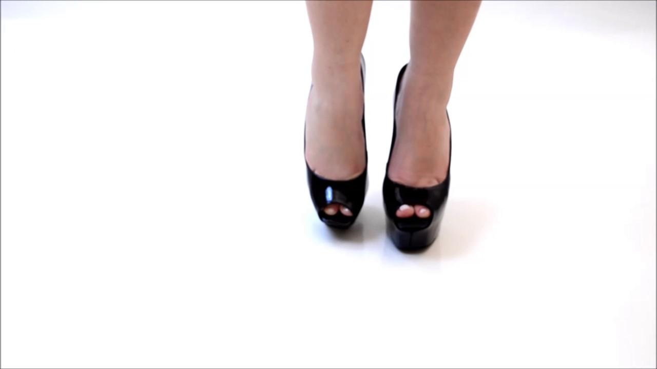 106d02469 Sapato Feminino Schutz - YouTube