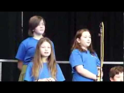 Shorewood Elementary School Choir 2013 - Christmas on the Beach