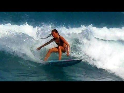 Women Surfers In Hawaii Rock Quarries Beach Kauai Youtube