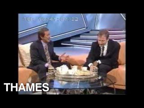 Robin Williams - interview -  Des O' Connor Tonight