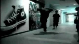 Shuffle Hardstyle Dance(Bass Agent - Uprising)