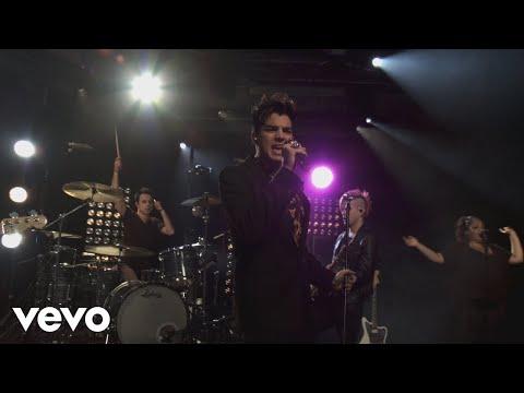 Смотреть клип Adam Lambert - Trespassing