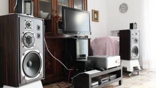 Yamaha NS-1000 Customized By Pasquale Carbonara Sound Check Female Voice MVI 4189