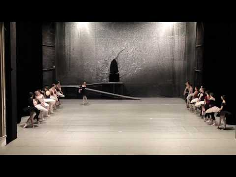 3rd Shade La Bayadere - Premiere Stage Rehearsal