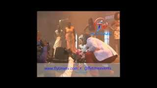 flytimetv 2face live concert performing african queen with his daughter