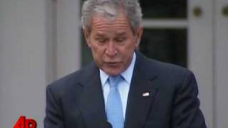 Raw Video: Bush Pardons National Turkey