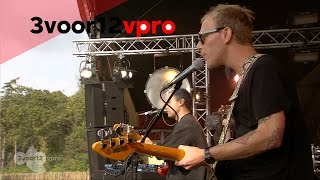 Unknown Mortal Orchestra - Thought Ballune (Live op Into The Great Wide Open 2014)