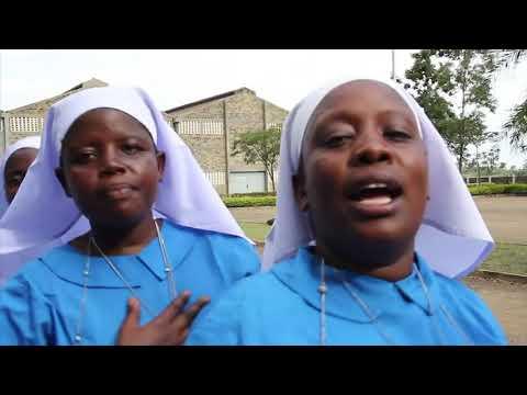 St Peter's Manyatta choir .mariah mama