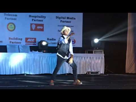 Solo dance by our student ayush mishra (a slum child ) prepared by aayush agrawal and antariksh