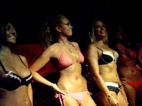bikini bbqs girls
