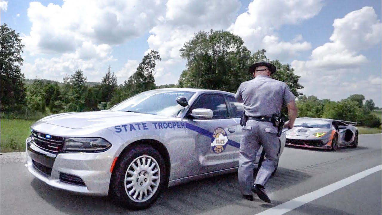 YOU WONT BELIEVE WHY KENTUCKY POLICE PULLOVER LAMBORGHINI!