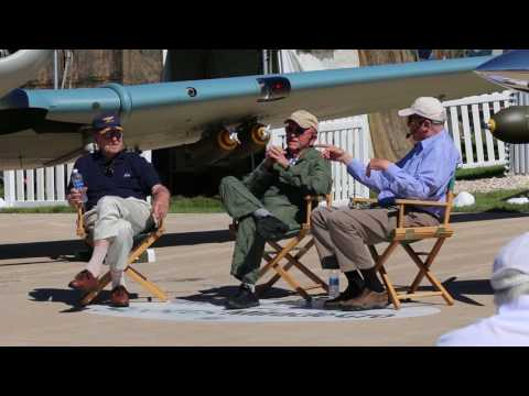 David Hartman interviews Apollo 8's Frank Borman and Jim Lovell at Oshkosh, 2017, pt. 1