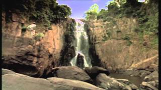 Trailer ESCAPE FROM LAOS (Werner Herzog, 1997) - Festival de Cine 4+1