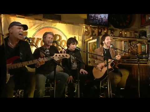 Mr. Big - Alive and Kickin' (Acoustic, Hard Rock Cafe, Tokyo, 2009)