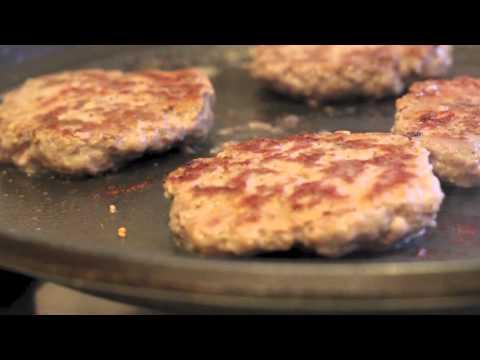 SAMSKITCHEN Delicious burger! كيف تصنع ألذ همبرجر بالجبنه!