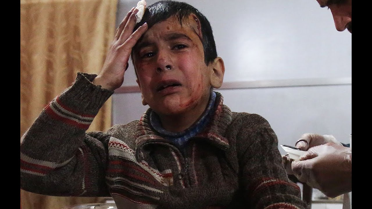 Syrian airstrikes in eastern Ghouta kill dozens, observers say