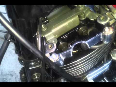 Vstar 650 cylinder head oil leak - YouTube