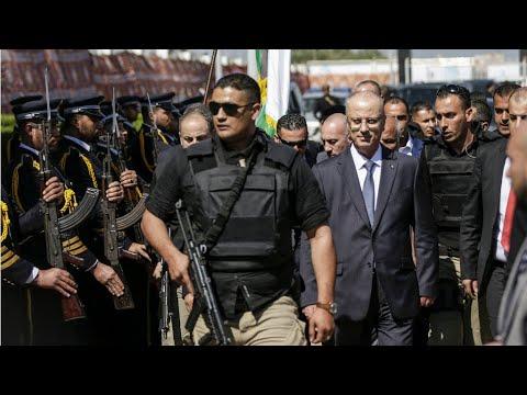 غزة: مقتل المشتبه بتنفيذ الهجوم على موكب الحمد الله متأثرا بإصابته خلال عملية توقيفه  - نشر قبل 1 ساعة