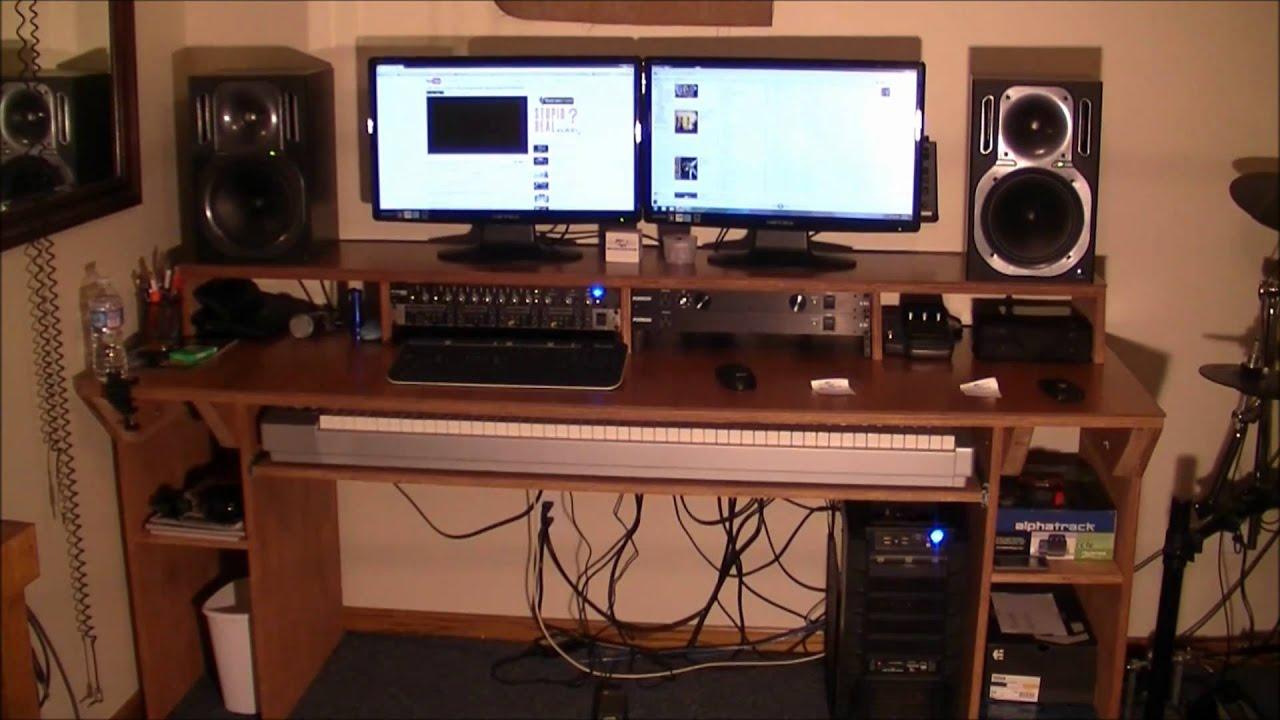Music Desks