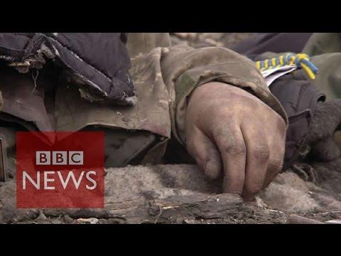 Body collectors of eastern Ukraine - BBC News
