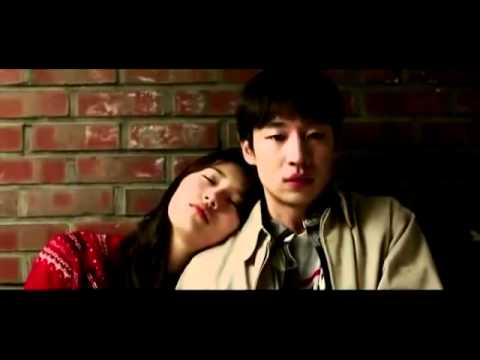 Suzy and Lee Je Hoon kissing scene - Architecture 101.mp4