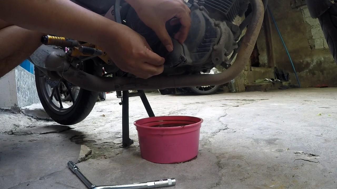 REMOVE BROKEN BOLTS IN MOTORCYCLE | SUZUKI RAIDER 150 CARB