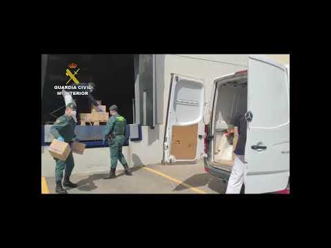 La Guardia Civil de Córdoba asegura el traslado de material sanitario
