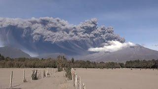 Raw: Eruption At Chile's Calbuco Volcano