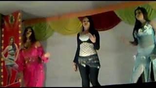 Hot Delhi Dance