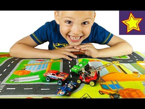 Машинки для детей Играем в Хот Вилс машинки и гонки Hot Wheels cars for kids