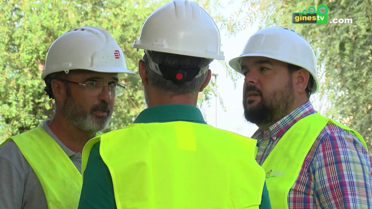 Continúan avanzando las obras de la nueva cubierta, vestuarios y gradas de la Piscina Municipal