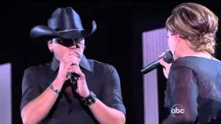 Don't You Wanna Stay by Jason Aldean feat Kelly Clarkson with lyrics