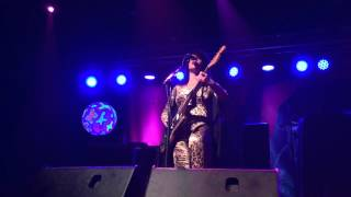 8 - Grunge Bond - Deap Vally (Live in Raleigh, NC - 3/05/16)
