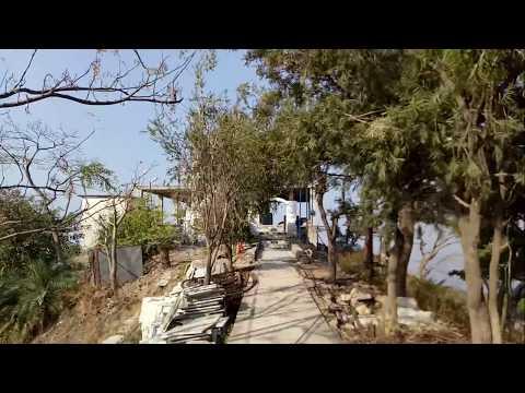 कमलाह गढ़ की चोटी Top of  Kamlah Garh(Kamlah Fort), The Historical Fort in Mandi District H.P.