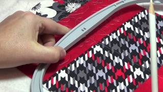 How to Quilt in the Oval Hoop with the BERNINA 880