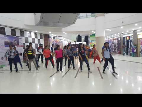 "FLASHMOB ""KRATOS16"" PROMO -CSE SYMPOSIUM, EASWARI ENGINEERING COLLEGE"